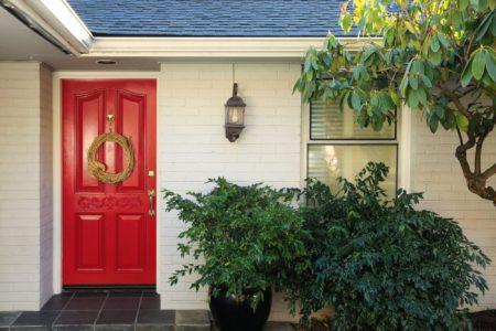 Let your Sierra Remodeling doors make a statement!