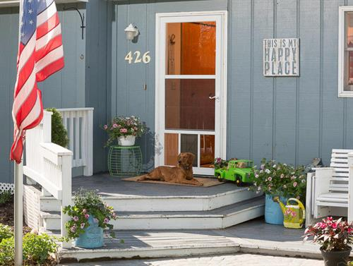 Sierra Remodeling installs Larson Petview storm doors!