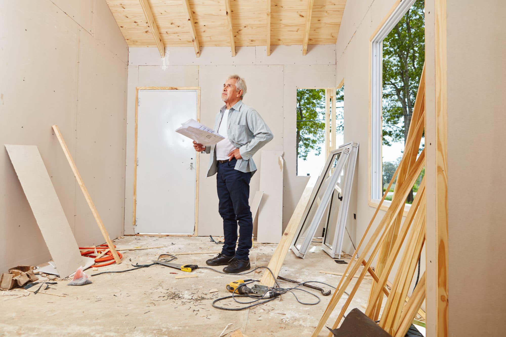 Sierra Remodeling architect and master craftsman during house renovation