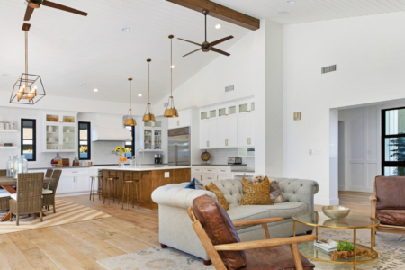 houzz-tv-1960s-teardown-now-a-bright-and-airy-modern-farmhouse-stshtvvw-vt~128019087